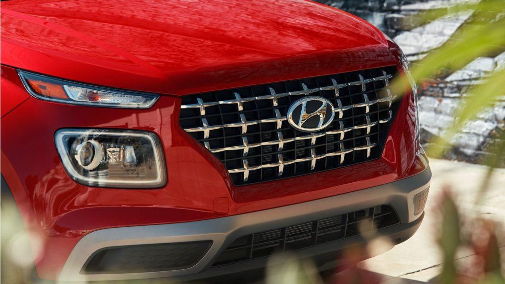 2020 Hyundai Venue front grille